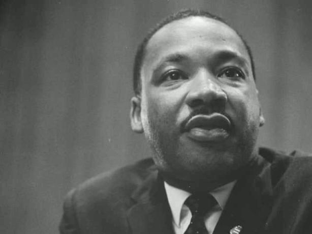 MTExNTQyMTczNA==_o_martin-luther-king---where-do-we-go-from-here-conclusion