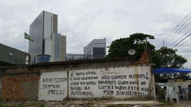 antigos-moradores-da-vila-autodromo-se-dizem-excluidos
