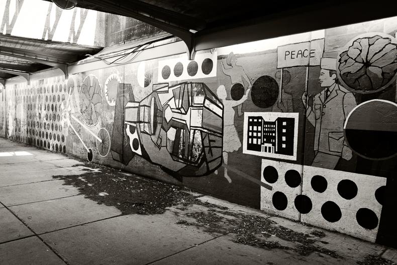 Nyron-Hyde-Park-Graffiti-001PS6.jpg